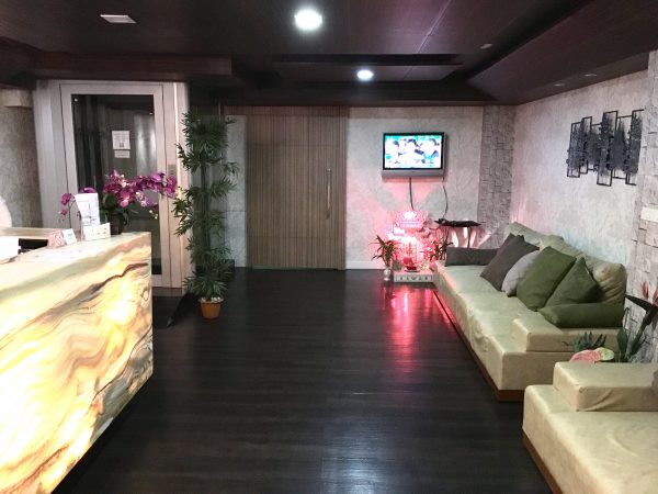 セレーヌ アソーク スイーツ (Serene Asoke Suites)のエントランス