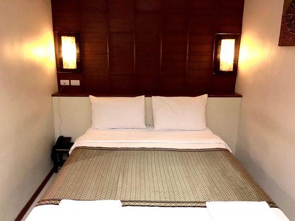 セレーヌ アソーク スイーツ (Serene Asoke Suites)のベッド