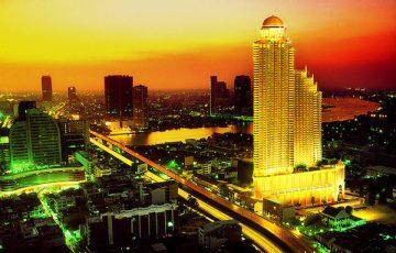 ルブア アット ステートタワーの外観