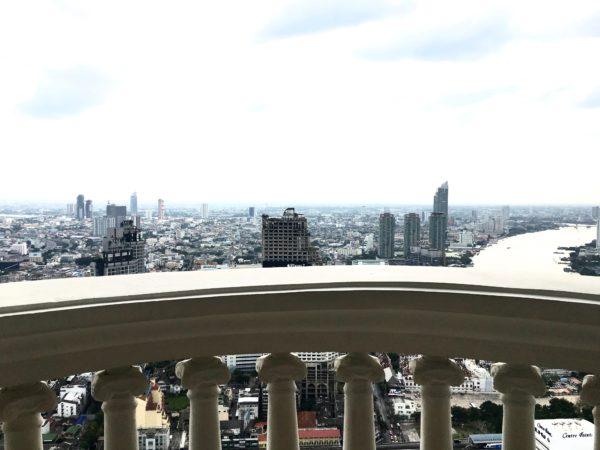 ルブア アット ステートタワーの高層階から見える景色