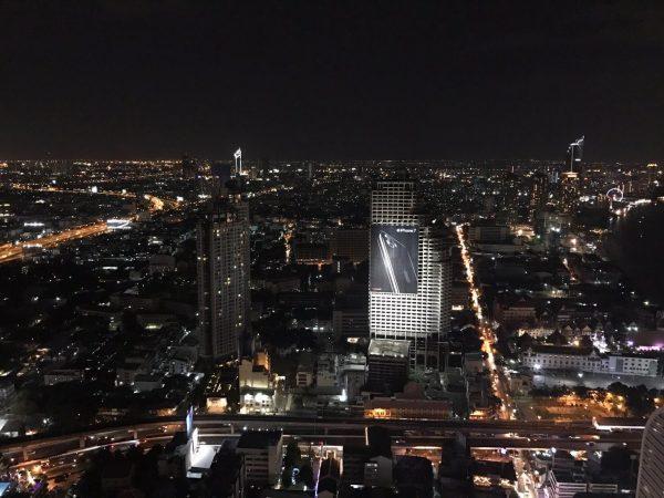 ルブア アット ステートタワー 客室から見える夜景
