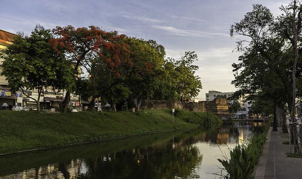 チェンマイ旧市街のお堀