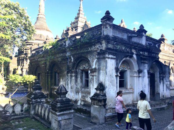 チェンマイ旧市街の寺院