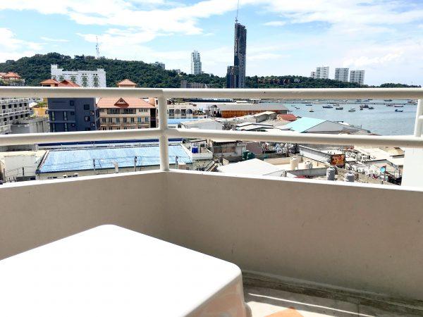 グランドホテル パタヤ (Grand Hotel Pattaya)のバルコニー2