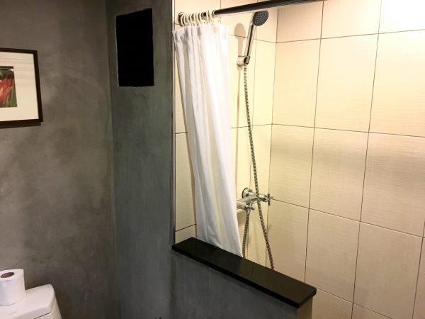 グランドホテル パタヤ (Grand Hotel Pattaya)のシャワールーム2