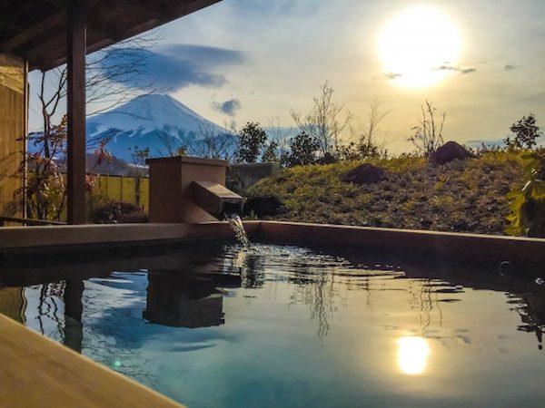 温泉と富士山
