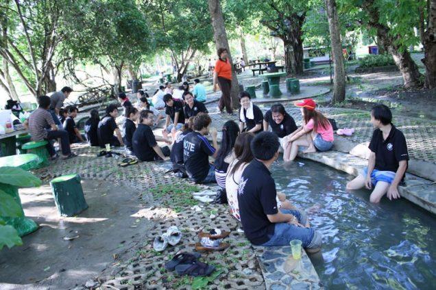 サンカムペーン温泉の足湯