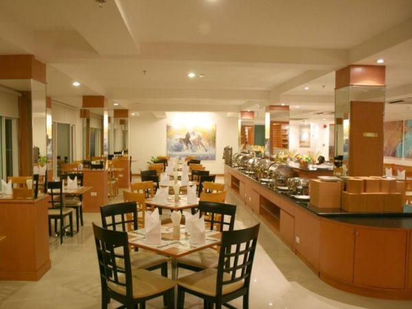 バロン ビーチ ホテル (Baron Beach Hotel)の朝食会場