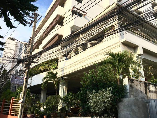 ギャラリア アット サブウェイ MRT ホイカンバン (Galleria@subway MRT Huaikhwang)の外観