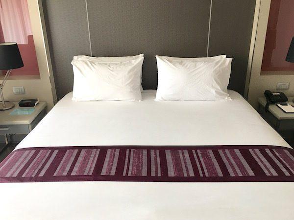 グランド タワー イン スクンビット 55 ホテル (Grand Tower Inn Sukhumvit 55 Hotel)のベッド