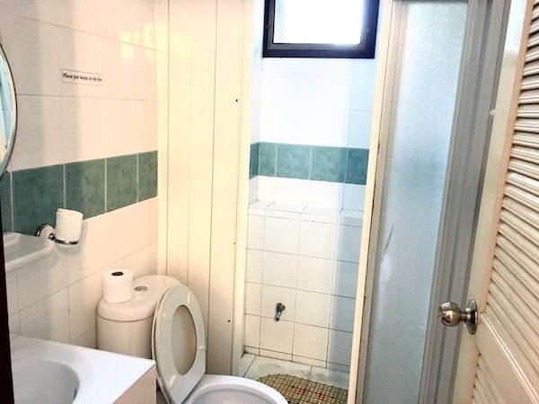 MHC ゲスト ハウス (MHC Guest House)のシャワールーム