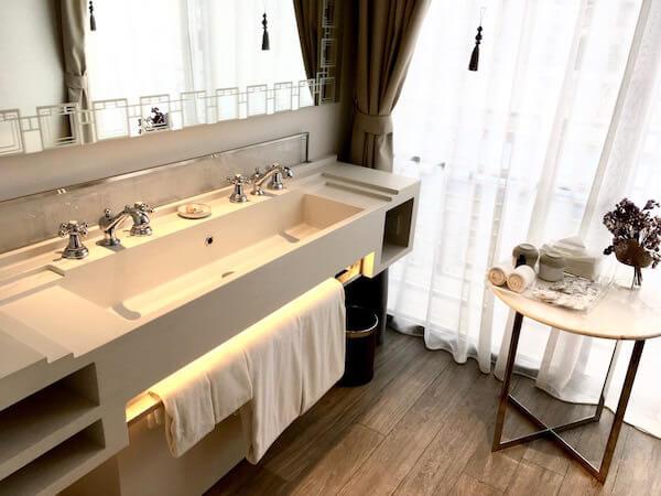 リヴァ アルン バンコク (Riva Arun Bangkok)の洗面所