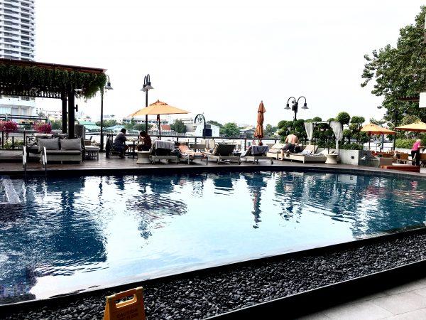 リーバ スーリヤ バンコク ホテル (Riva Surya Bangkok Hotel)のプール