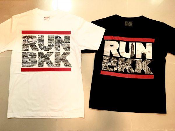 RUNBKKのTシャツ 白と黒
