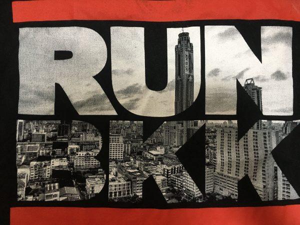 RUNBKK Tシャツ 黒