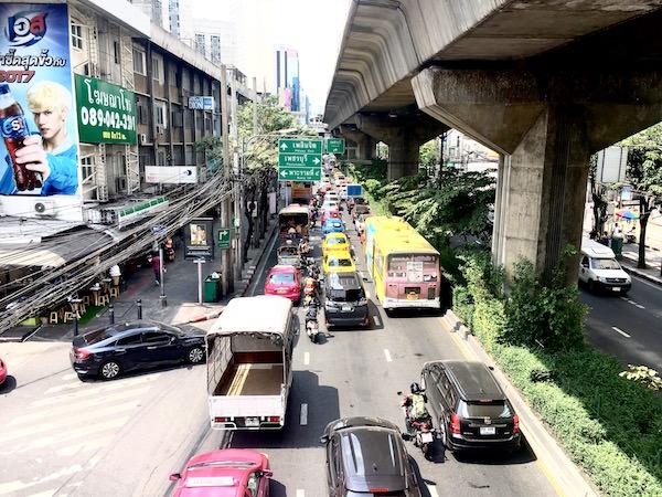 スクンビットの大渋滞