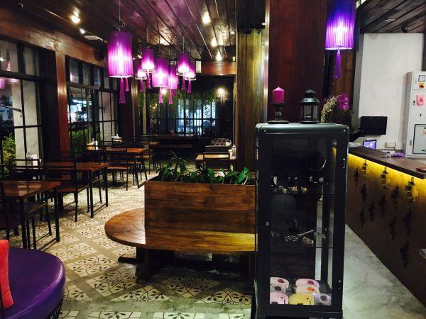 ナコーン デ スコータイ ヒップ ホテル (Nakorn De Sukhothai Hip Hotel)のレストラン