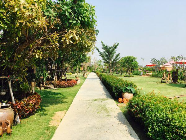 サワディースコータイ リゾート (SawasdeeSukhothai Resort)の中庭