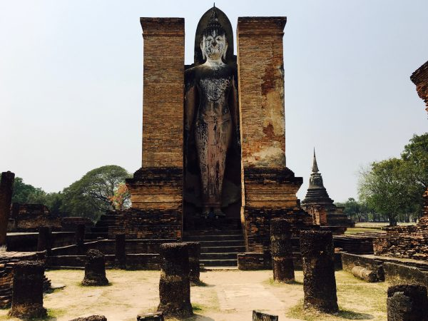 ワット・マハータートの仏像