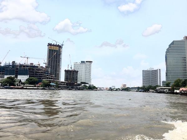 チャオプラヤー川の景色