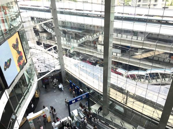 ターミナル21のグランドフロア