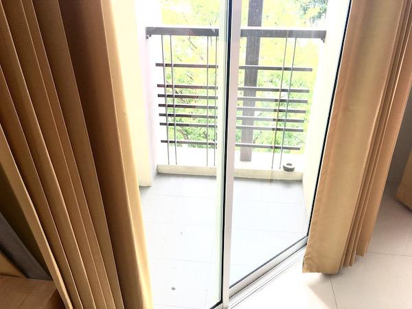 カモンサラ アパートメント (Kamonthara Apartment)のバルコニー