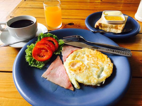 ランナ タイ ゲストハウス(Lanna Thai Guest House)の朝食