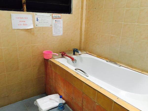 サンカムペーン温泉の個室浴室