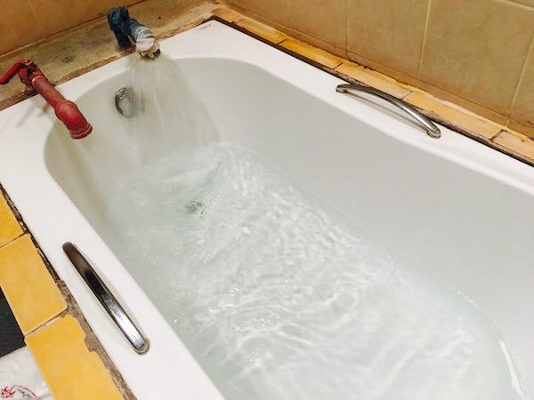 温泉のお湯調節