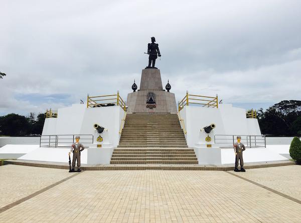 ラーマ5世の記念碑