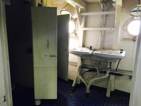 メークロン号のトイレ