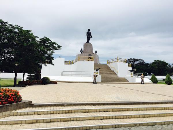 ラーマ5世の記念碑2