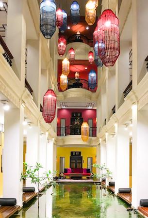 シャンハイ マンション バンコク (Shanghai Mansion Bangkok)の吹き抜けロビー