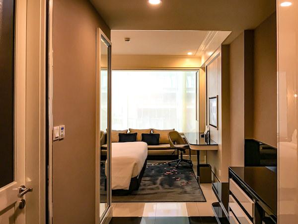 グランデ センター ポイント スクンビット 55 トンロー (Grande Centre Point Sukhumvit 55 Thong Lo)の客室1