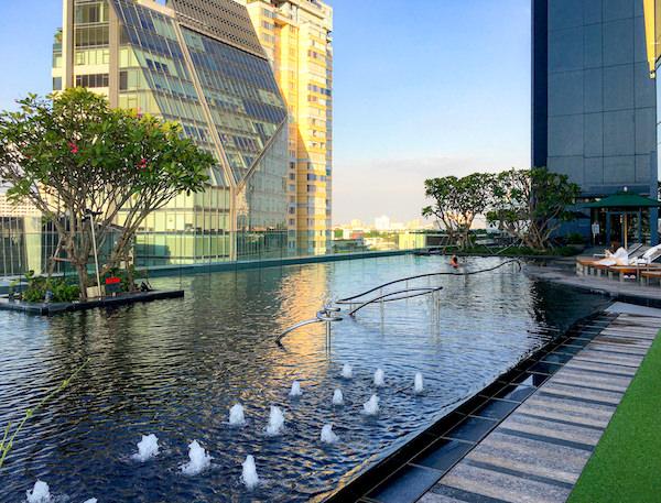 グランデ センター ポイント スクンビット 55 トンロー (Grande Centre Point Sukhumvit 55 Thong Lo)のプール2