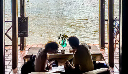ロイラロンホテル。知る人ぞ知るチャオプラヤー川に浮かぶ秘密の隠れ家。