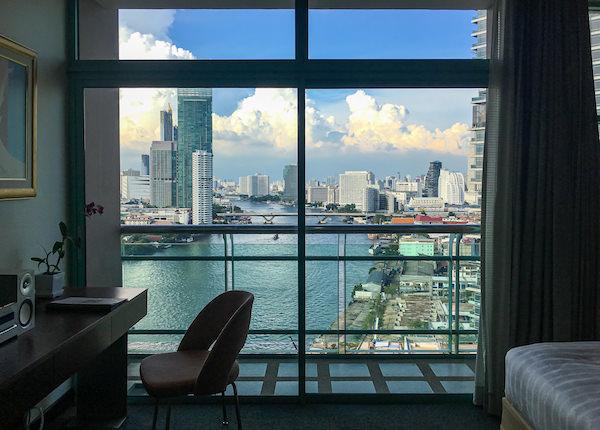 チャトリウム ホテル リバーサイド バンコク (Chatrium Hotel Riverside Bangkok)のグランドルーム リバービューの窓から見える景色