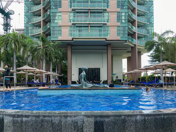 チャトリウム ホテル リバーサイド バンコク (Chatrium Hotel Riverside Bangkok)のインフィニティプール2