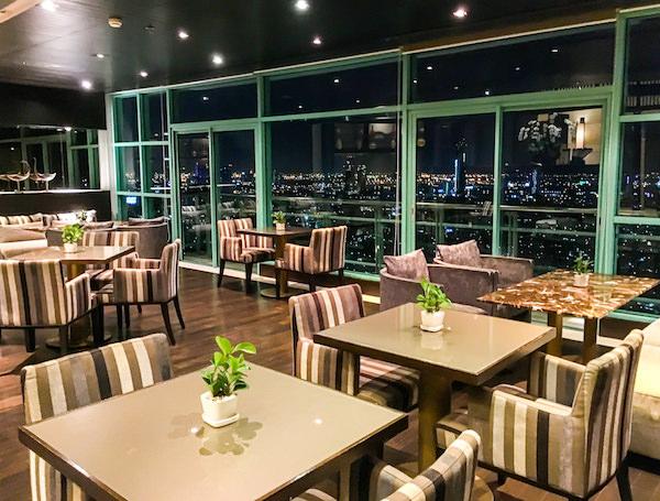 チャトリウム ホテル リバーサイド バンコク (Chatrium Hotel Riverside Bangkok)のスカイバー2