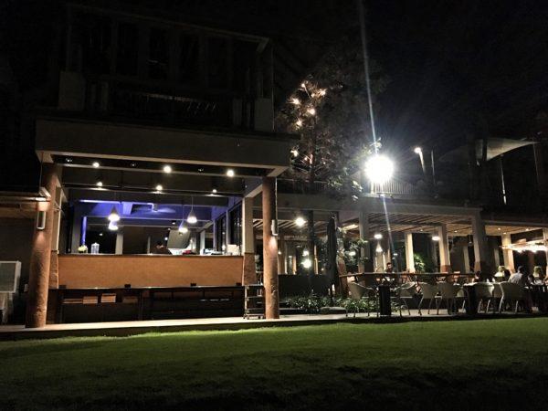 ララ ムクハ テンティッド リゾート カオヤイ(Lala Mukha Tented Resort Khao Yai)のレストラン