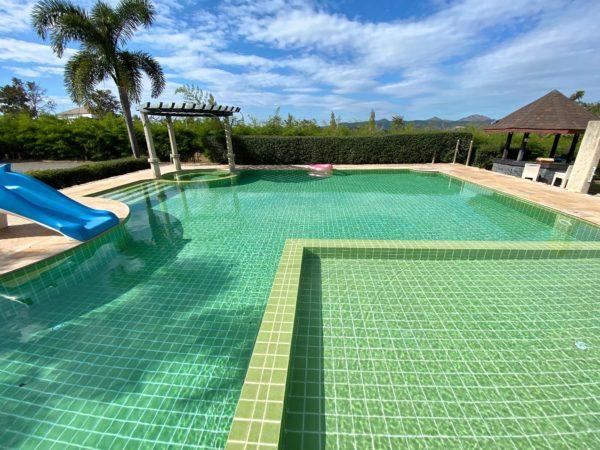 バラタ カオヤイ リゾート(Valata Khaoyai Resort)のプール