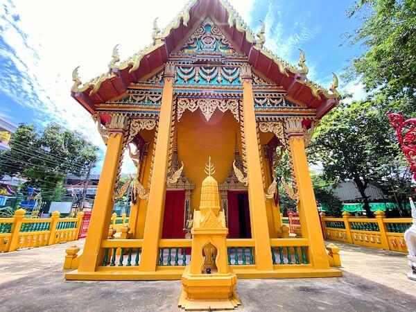 ワット・コー(Wat Ko)の仏堂