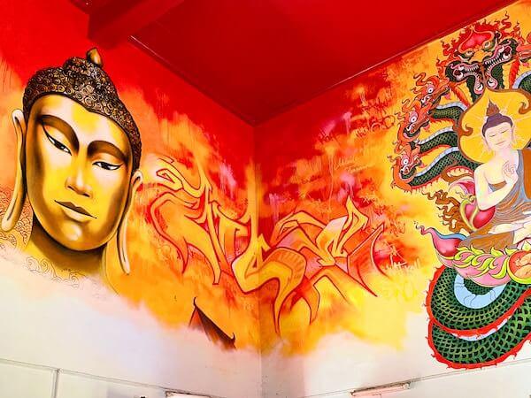 ワット・コー(Wat Ko)仏堂内の壁画2