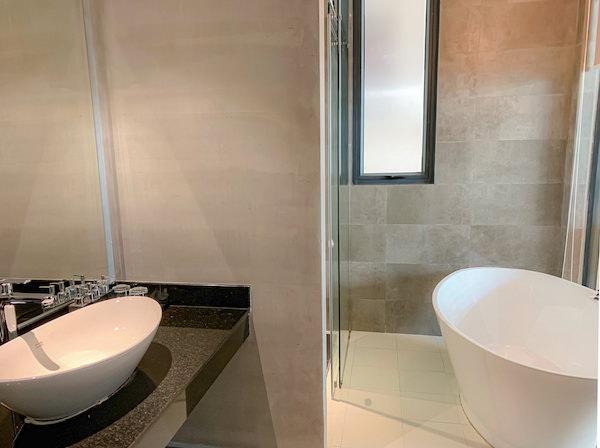 フェリス アーバン ホテル(Feliz Urban Hotel)のバスルーム