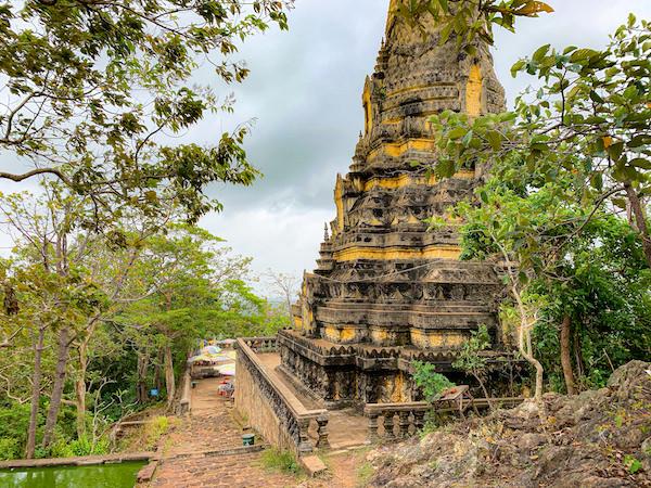 ウドン遺跡の仏塔2