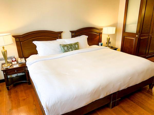 ソフィテル プノンペン プーキートラー ホテル(Sofitel Phnom Penh Phokeethra Hotel)のキングベッド