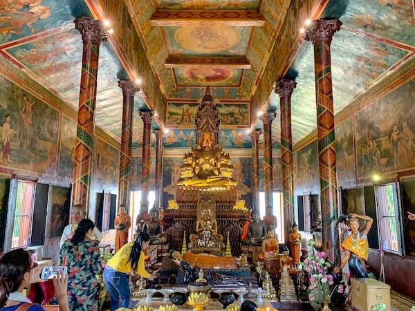 ワットプノンの仏像