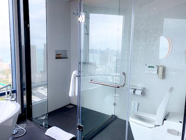 グランデ センター ポイント パタヤ(Grande Centre Point Pattaya)のバスルーム2
