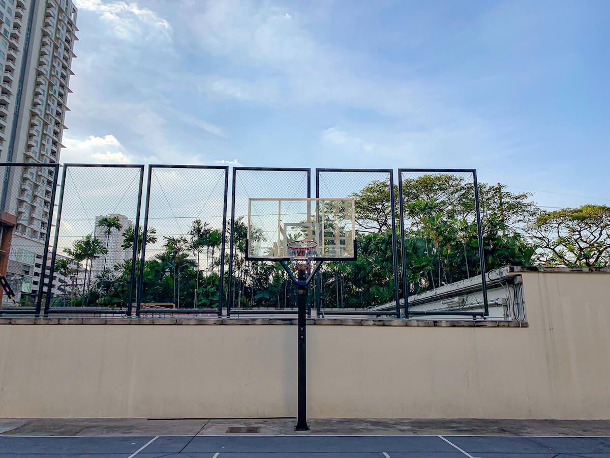 ザ ペニンシュラ バンコク(The Peninsula Bangkok)のバスケコート