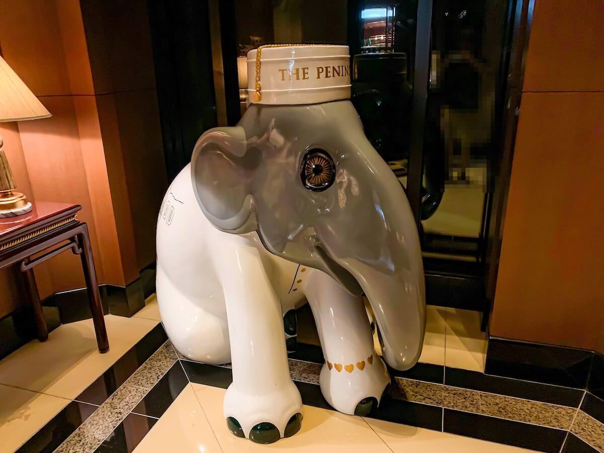 ザ ペニンシュラ バンコク(The Peninsula Bangkok)内にある象の置物